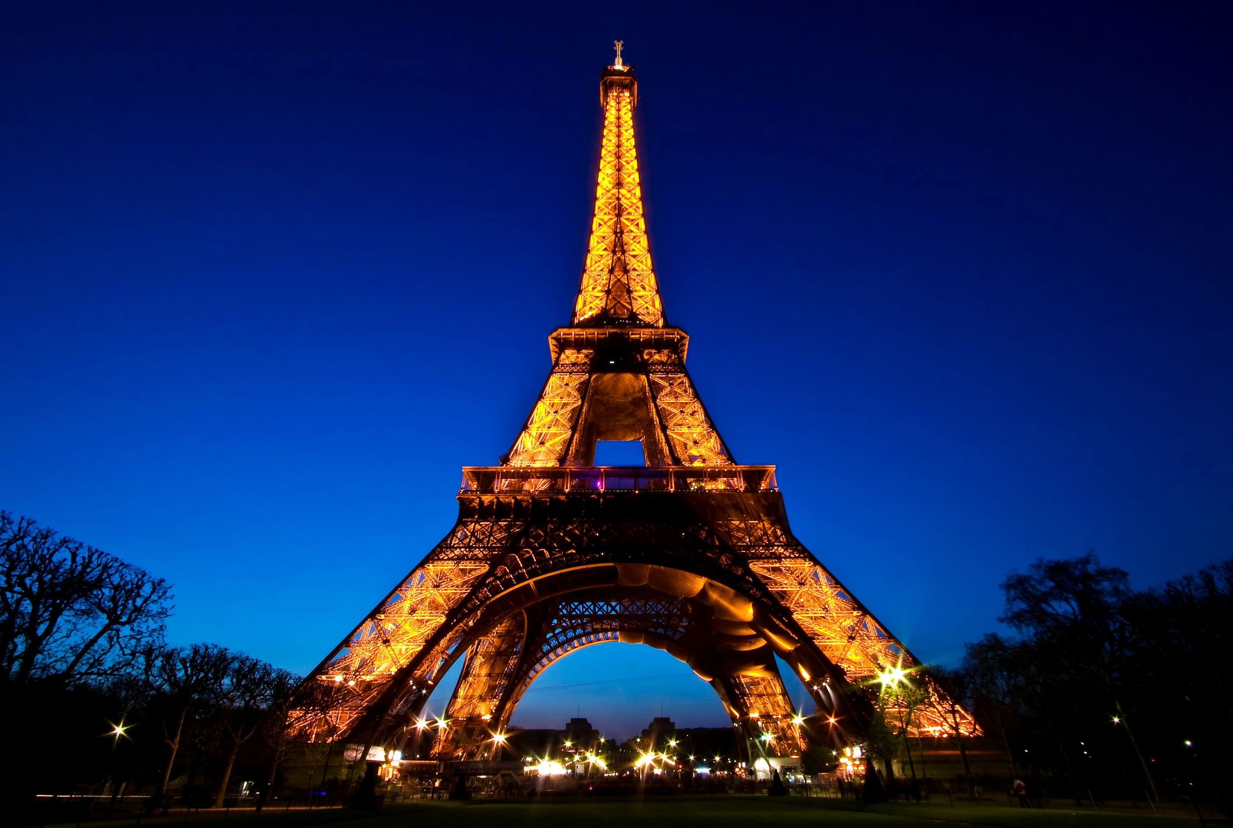 how to say eiffel tower in french