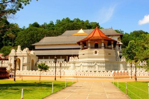 temple_of_the_tooth_relic_1