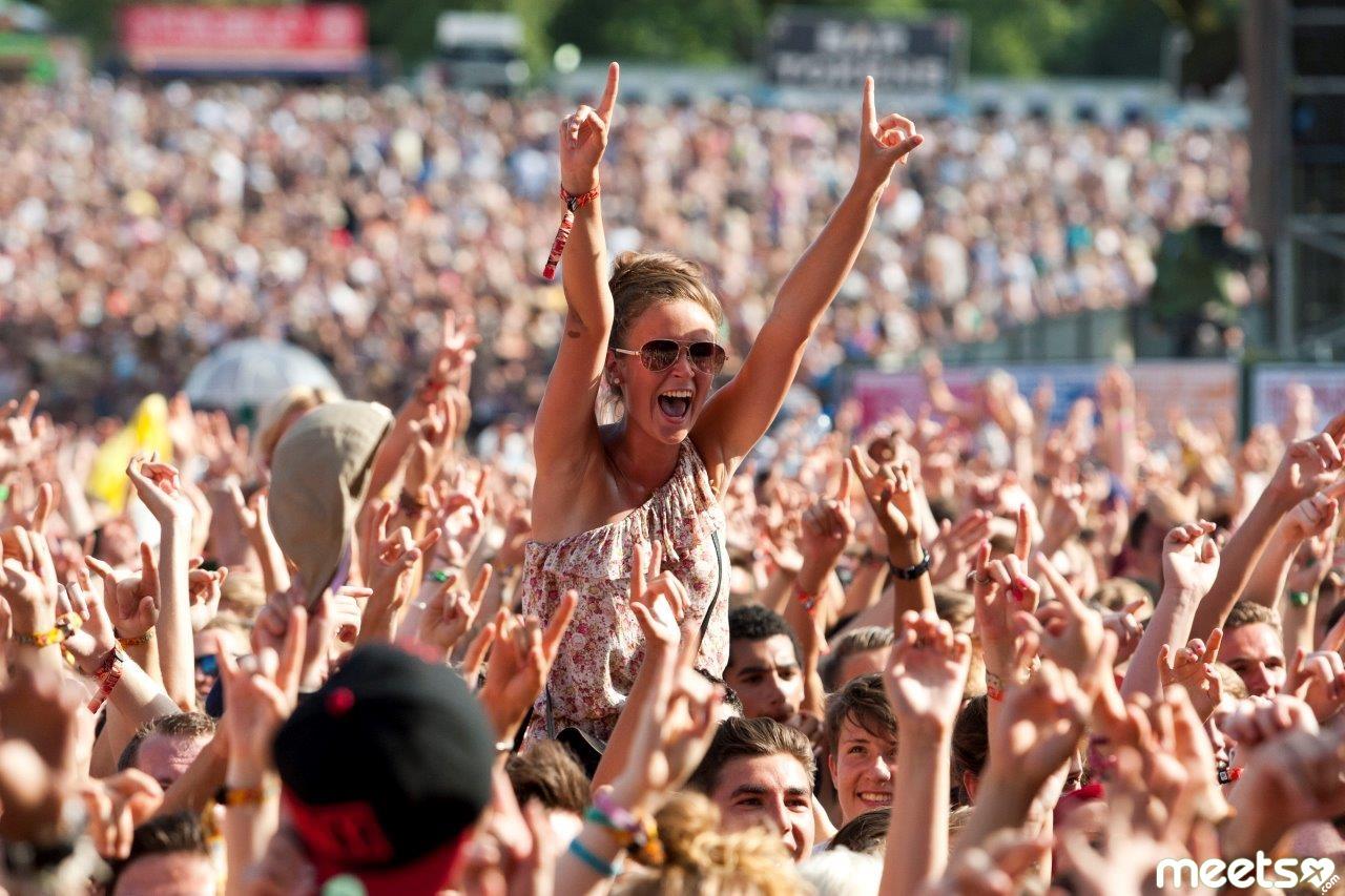 crowds festival