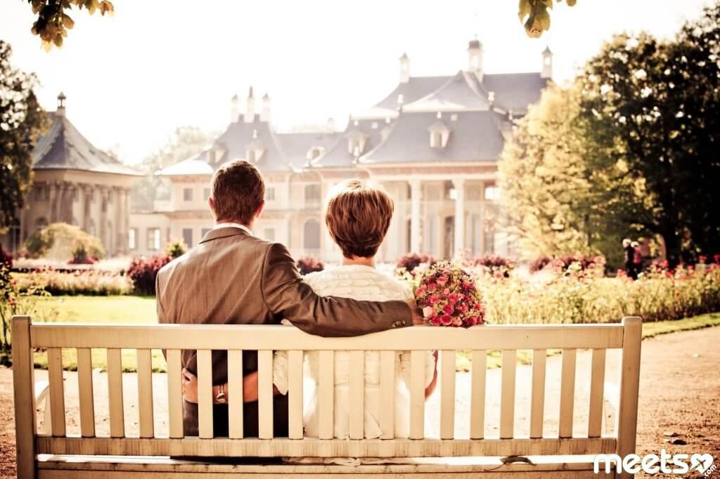 Лучшие города для летнего романтического отдыха