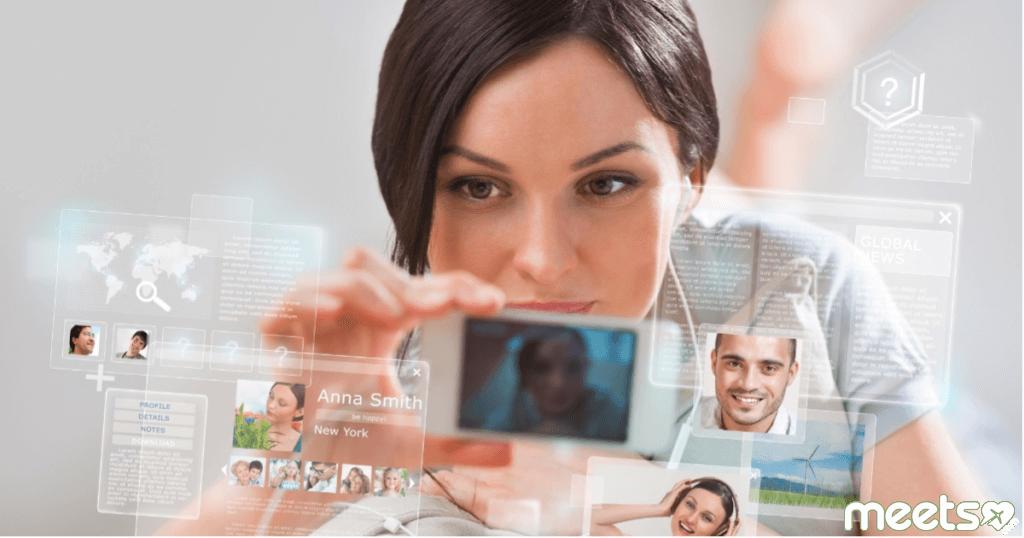 Преимущества и недостатки виртуальных романов