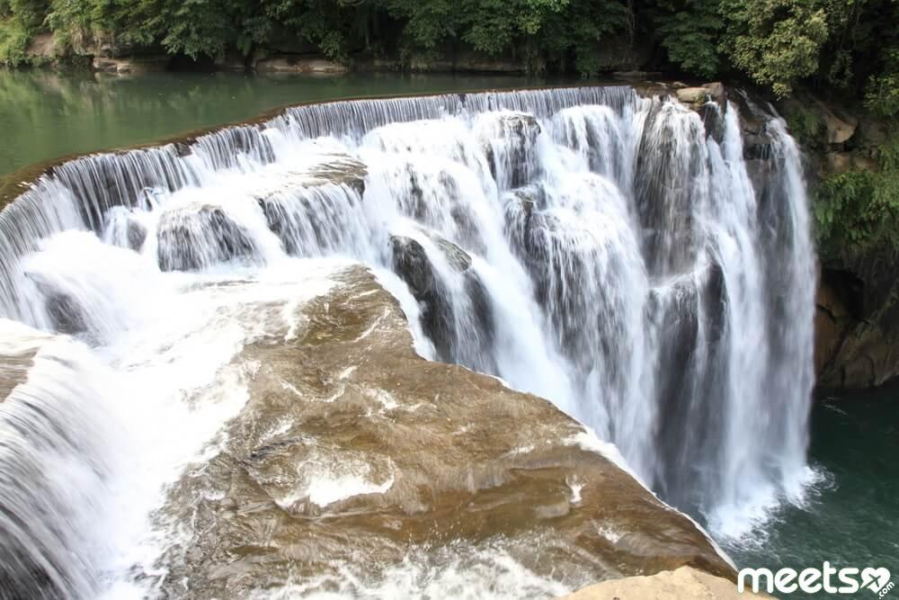 Shifen waterfall in Shifen