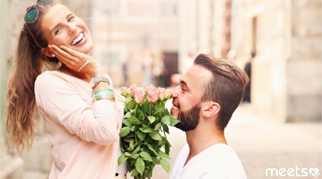 Девушкам на заметку: Как отличить флирт от обычного дружелюбия с его стороны?