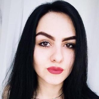 Svetlana, 22