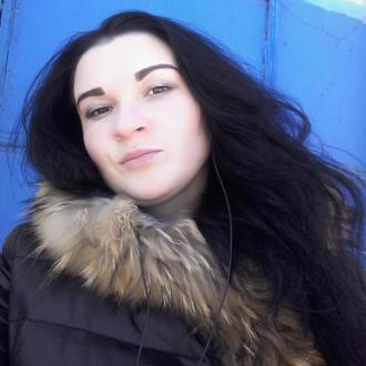 Anna Ctruk, 24