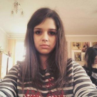 Yulia, 20