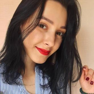 Yana, 20