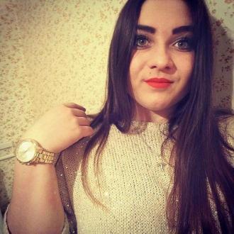 Alina Pirogovska, 20