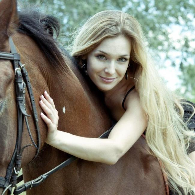 Nataliia, 37, Mariupol, Ukraine
