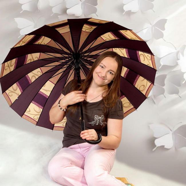 Irina Netyaga, 37, Kiev, Ukraine