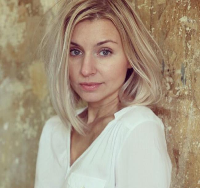 Anna, 35,
